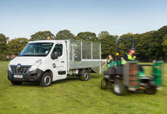 ISS Renault Master Tipper