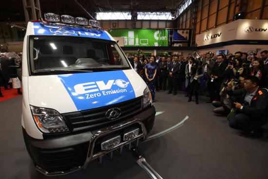 LDV V80 EV at CV Show 2016