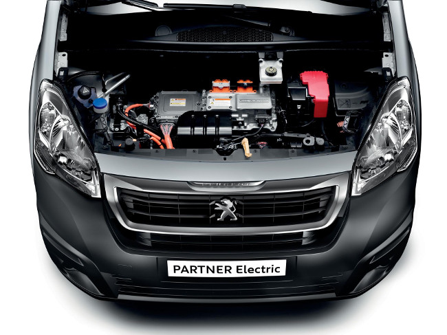 Peugeot Partner electric van engine bay