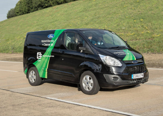 Ford Transit Custom plug-in hybrid van