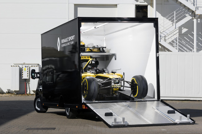 Renault F1 car in transporter